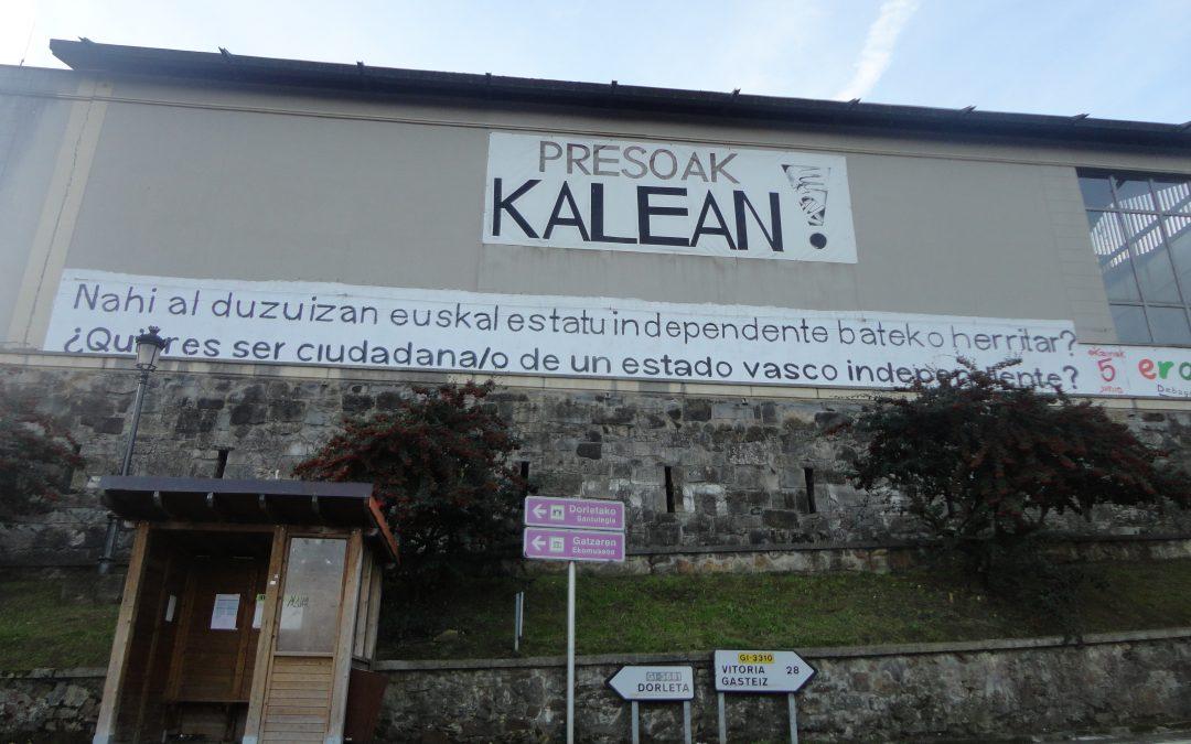 """""""En el contexto de la violencia de motivación política en la Comunidad Autónoma del País Vasco entre 1978 y 1999"""""""